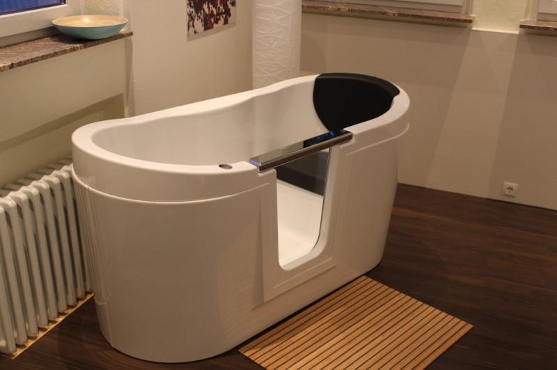 vitcom glas badewannen. Black Bedroom Furniture Sets. Home Design Ideas